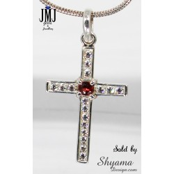 Handmade Natural Garnet Gemstone Pendent made with 925 Sterling Silver and American Diamond